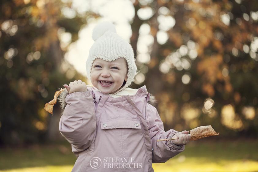 uopstillede børnebilleder børnefotograf uopstillet