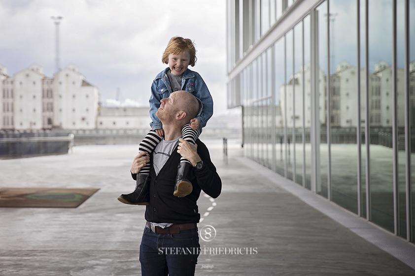 far og datter ved Dokk1 Aarhus