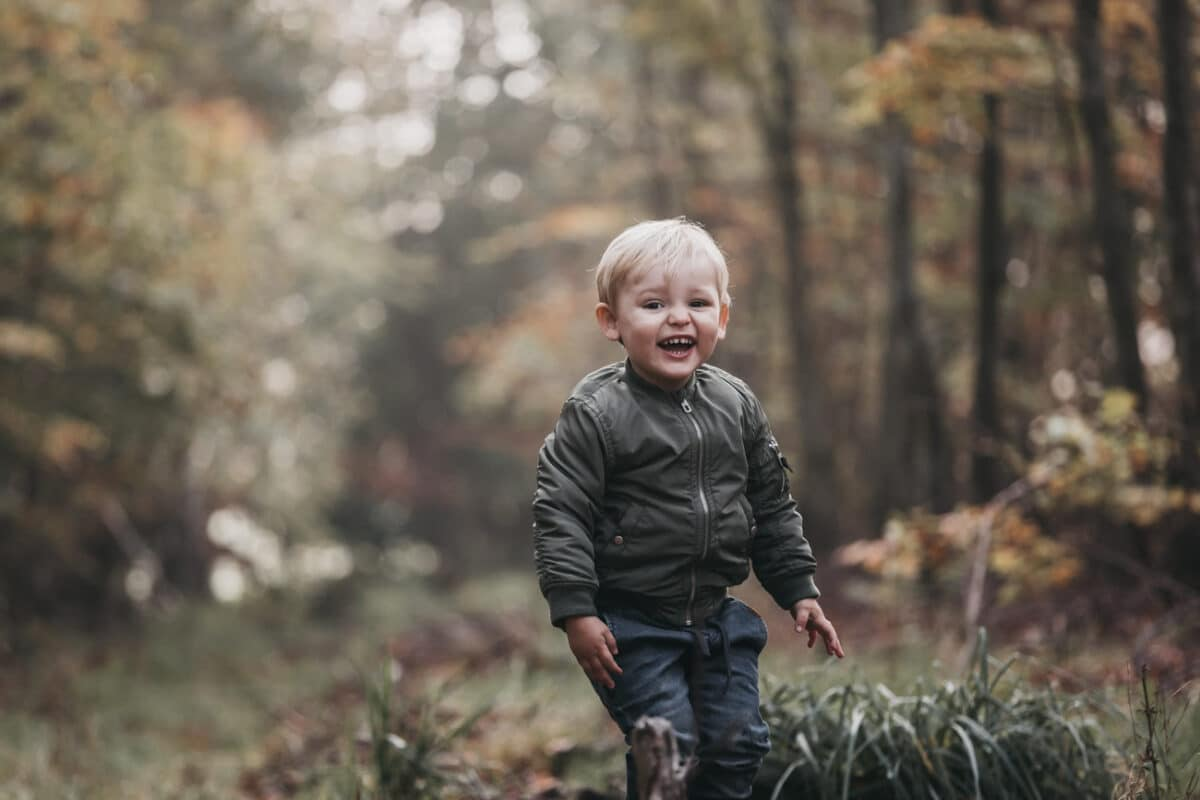 skov-naturlig-billeder-boern-familie-aarhus